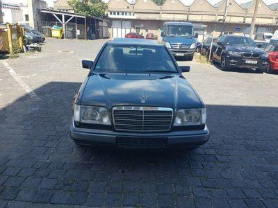 gebraucht Mercedes E200 COUPE AUTOMATIC.KLIMA.LEDER
