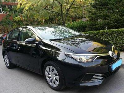 gebraucht Toyota Auris 1.33 Benziner (18.000km)