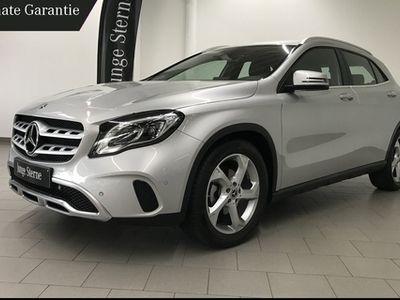 "gebraucht Mercedes GLA180 URBAN/LED HIGH/NAVI/PARK-PILOT/18""/SHZG"
