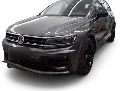 gebraucht VW Tiguan Tiguan1.5 TSI DSG R-Line Black Style ActiveInfo AHK Navi LED HeadUp