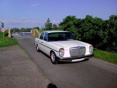gebraucht Mercedes 200/8 230.6, LPG, servo, creme weiß