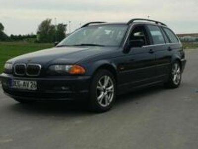 gebraucht BMW 320 i verkaufe oder schlachte