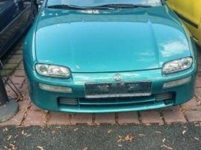 brugt Mazda 323 Limousiene