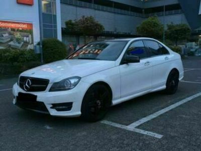 gebraucht Mercedes 350 / Amg Paket / Dekra Guta.
