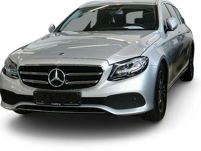 gebraucht Mercedes E220 T Avantgarde AHK+KAMERA+EL. HECKKL.+AMBI