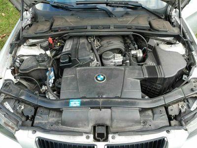 gebraucht BMW 318 3er Touring Aut. Benzin und LPG