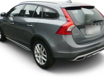 gebraucht Volvo V60 CC V60 Pro D4 - Xenon,Navi,Kamera,Leder,LM,Sitzh,Beh.Frontscheibe