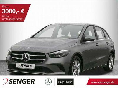 gebraucht Mercedes B180 *Style*LED*Parktronic*Sitzheizung*Tempomat Fahrzeuge kaufen und verkaufen