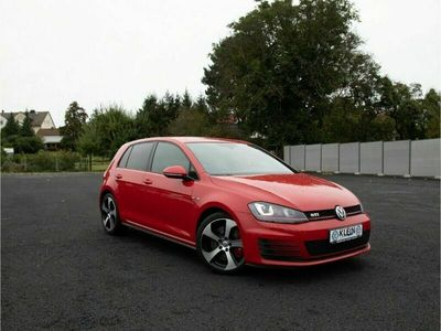 gebraucht VW Golf GTI Performance 2.0 TSI BMT Navi PDCv+h Dyn. Kurvenlic