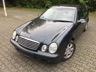 gebraucht Mercedes CLK200 Coupe (BM 208) (TÜV bis 03/2021)