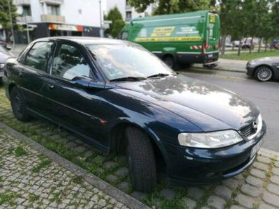 used Opel Vectra 1,8l Limousine