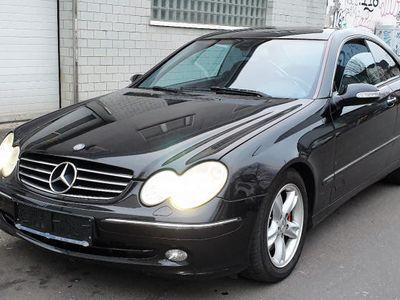 gebraucht Mercedes CLK270 CDI Coupe (BM 209)
