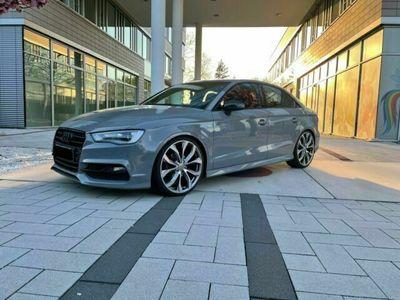 gebraucht Audi A3 1.4 TFSI Limousine S line Herstellergarantie