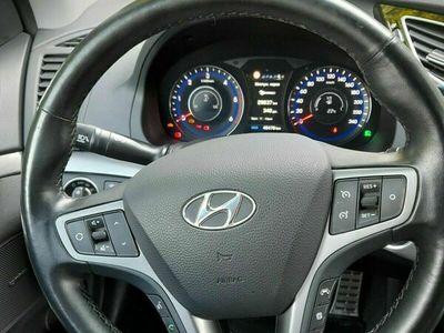 gebraucht Hyundai i40 Kombi blue 1.7 CRDi Premium