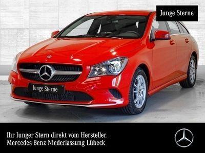 gebraucht Mercedes CLA180 d SB AHK Navi Laderaump Sitzh Chromp Temp
