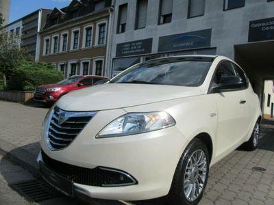 gebraucht Lancia Ypsilon Gold, Klima, Weiß-Metallic