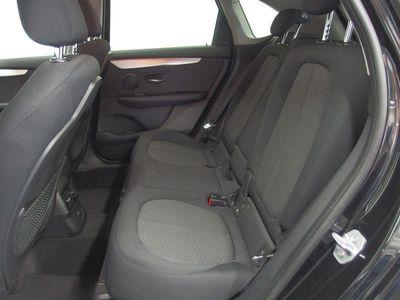 gebraucht BMW 218 Active Tourer dA xDrive / Advantage/Navi/LED