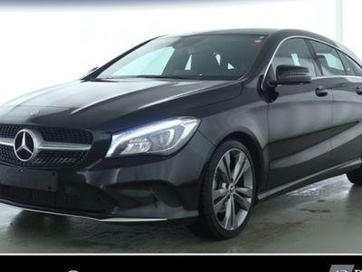 second-hand Mercedes CLA220 Shooting Brake d Urban+LED+Navi+PDC