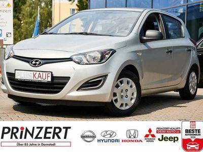 gebraucht Hyundai i20 1.2 Fifa World Cup Edition Silver, Gebrauchtwagen, bei Autohaus am Prinzert Verkaufs GmbH + Co KG