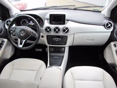 gebraucht Mercedes B180 CDI Aut. Sportstouer Bi-Xenon