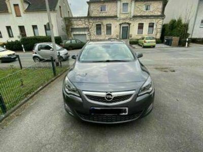 gebraucht Opel Astra Sports Tourer Diesel Euro 5 Ko...