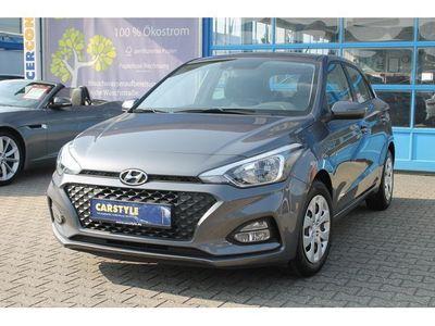 gebraucht Hyundai i20 1.2 PDC Klima Garantie BLTH Freispr.