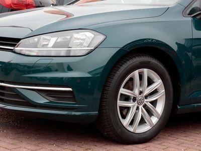gebraucht VW Golf Golf1.0 TSI R-Line Navi Sitzhzg PDC