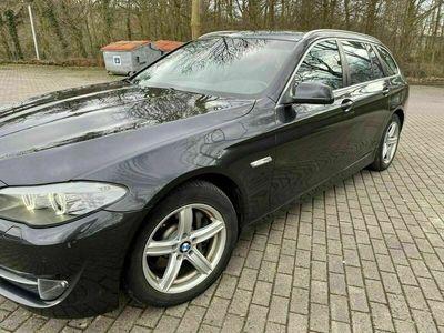 gebraucht BMW 530 d Touring mit Braunen Leder