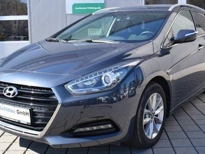 gebraucht Hyundai i40 CW 1.7 CRDi 7-DCT Trend SHZ LMF 16