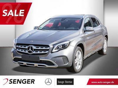 gebraucht Mercedes GLA220 d 4M+KAMERA+TEMP+KEYLES GO+NAVI+TOTWINK. Fahrzeuge kaufen und verkaufen