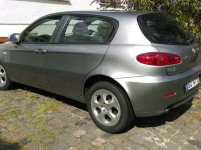 gebraucht Alfa Romeo 147 1.6 TS 16V Moving TÜV und Zahnriemen neu