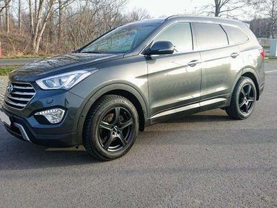 gebraucht Hyundai Grand Santa Fe 2.2 CRDI 4WD Automatik Premium