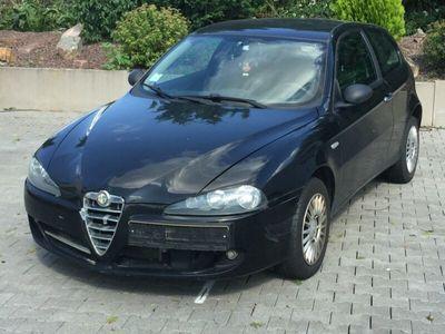 gebraucht Alfa Romeo 147 Alfa 1.6 TS ECO 16V Impression Klima