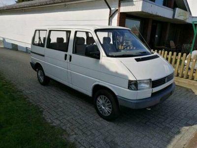used VW T4 Caravelle. 9 sitzer 2.4 Diesel