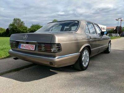 używany Mercedes 260 S Klassew126 mit LPG Anlage