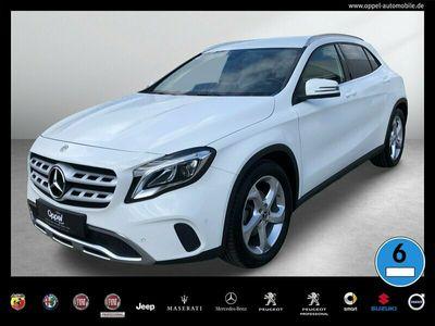 gebraucht Mercedes GLA200 URBAN LED+NAVI+KEYLESS GO+AHK+PTS+KLIMA+ Navi/FIS