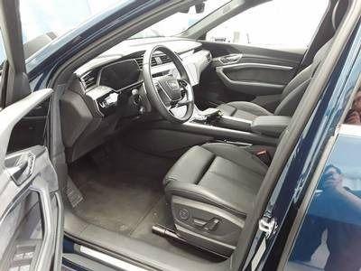 gebraucht Audi E-Tron eTronADVANCED 55 QUATTRO 408PS NP:107tEUR ACC.