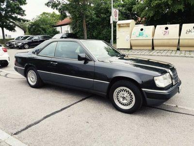 używany Mercedes 230 CE