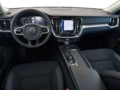 gebraucht Volvo V60 CC T4 Momentum Pro NP: 51.200,- / A / Pilot A