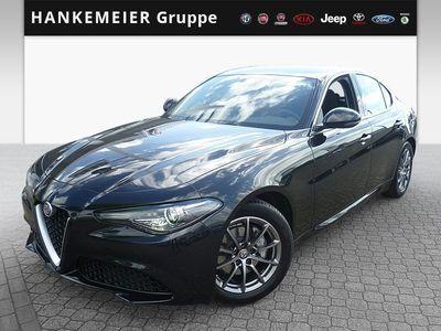 gebraucht Alfa Romeo Giulia 2.2 JTDM Bi-Xenon,Navi,Regen-u.Lichtsensor,PDC hi.,Tempomat