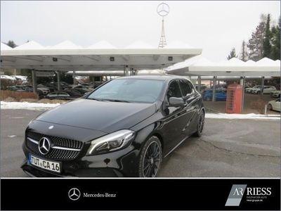 gebraucht Mercedes A180 AMG Line+Night-Paket+Navi+Einparkhilfe+SD