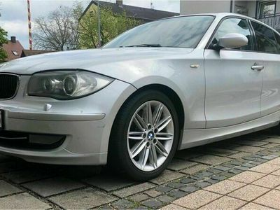 gebraucht BMW 123 d Navi, M Sport, Tempomat viele Ex...