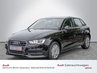 gebraucht Audi A3 Sportback 1.2 TFSI Attraction *PDC*NAVI*