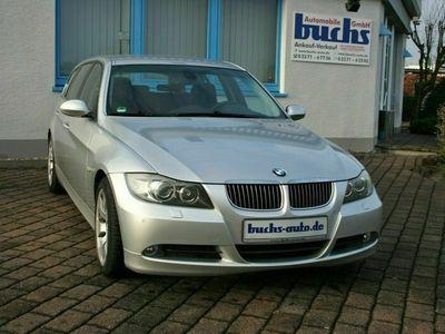 gebraucht BMW 325 Neu i xDrive Touring Autom. Navi Professional Xenon