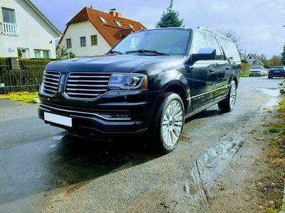 gebraucht Lincoln Navigator 3,5 EcoB.+Allrad+Leder+Klima+7 Sitzer als SUV/Geländewagen/Pickup in Berlin