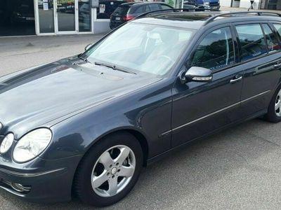 gebraucht Mercedes 230 E -KlasseT-Modell Avantgarde Xenon 1.Hand