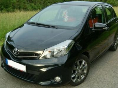 gebraucht Toyota Yaris 1.33 VVT-i Club 1 HAND