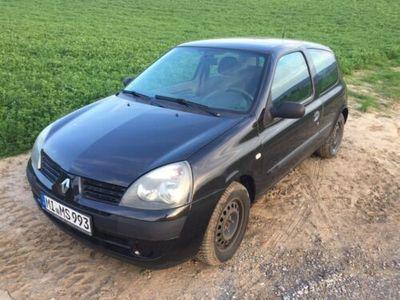 used Renault Clio 1.2 16V Bj. 2004