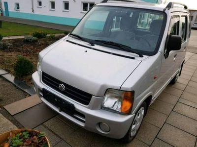 brugt Suzuki Wagon R mit TÜV und wenig Kilometer