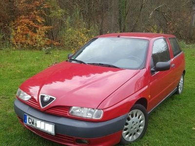 gebraucht Alfa Romeo 145 mit wenig km und TÜV